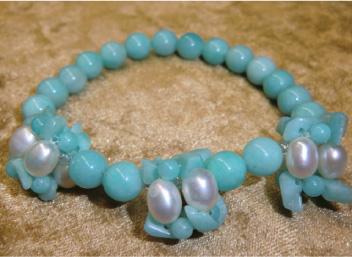 画像1: 花編みアマゾナイトと淡水真珠のブレス