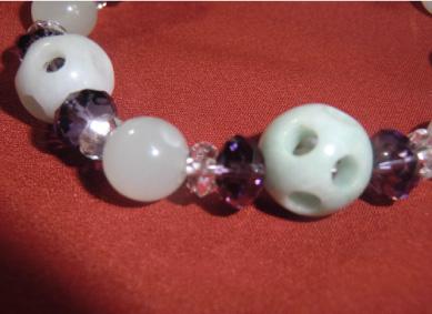 画像2: 通々路翡翠とムーンストーン・ボタン水晶のブレスレット